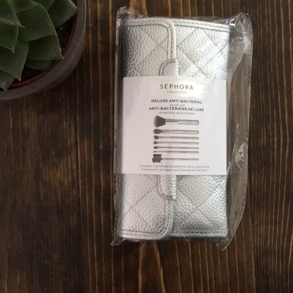 Sephora Other - Sephora - 7 Brush Set - with case